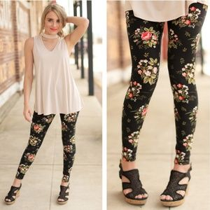 Softest Brushed Knit Peach/Blush Floral Leggings